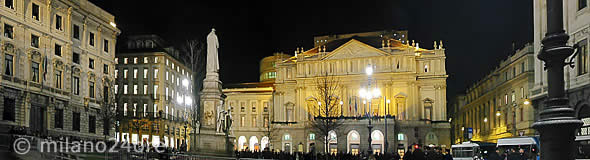 The nightly Piazza della Scala