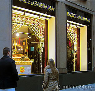 Milan italy 39 s most famous fashion designers fashion for Fashion design milano