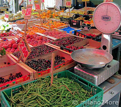 fresh fruits and vegetables on the weekly market